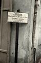 Bundesarchiv Bild 101I-030-0797-28, Polen, Ghetto Radom, Verbotsschild Recolored.png