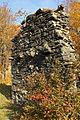 Burgruine Ödes Schloss - Mauerreste an der Westseite 2.jpg