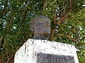Busto del Br. Héctor M. Peña.JPG
