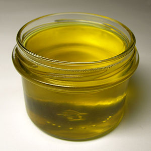 Clarified butter - Freshly made clarified butter, still liquid