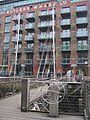 Cable-stayed footbridge at Butler's Wharf - geograph.org.uk - 979520.jpg