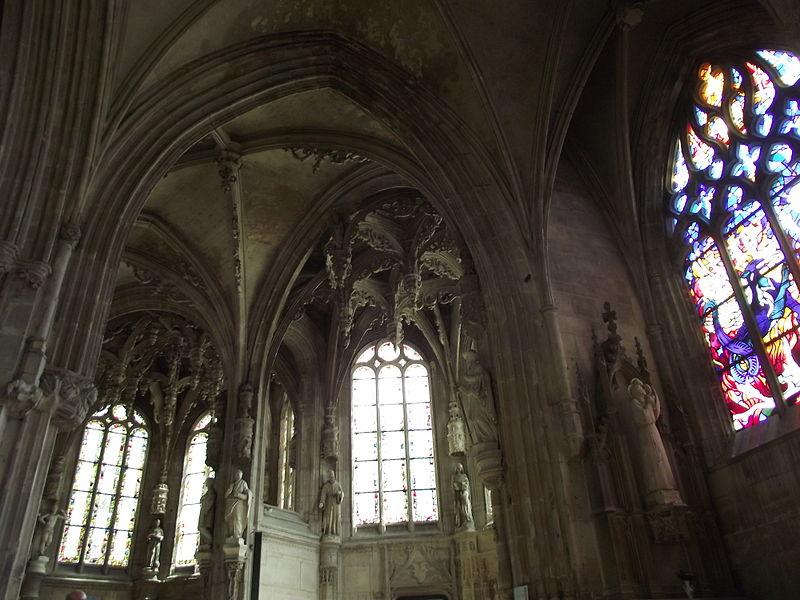 File caen glise saint pierre interieur for Interieur eglise