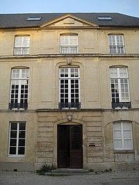 Caen hotelbanville corpscentral.jpg