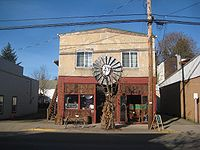 A café in Vernonia.Photo by Anselm Hook, November 2007.