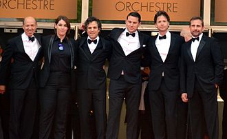 Foxcatcher - From left: Producers Jon Kilik and Megan Ellison, Mark Ruffalo, Channing Tatum, director Bennett Miller, and Steve Carell at the 2014 Cannes Film Festival
