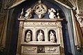 Cappella di San Bartolo, altare marmoreo di Benedetto da Maiano.jpg