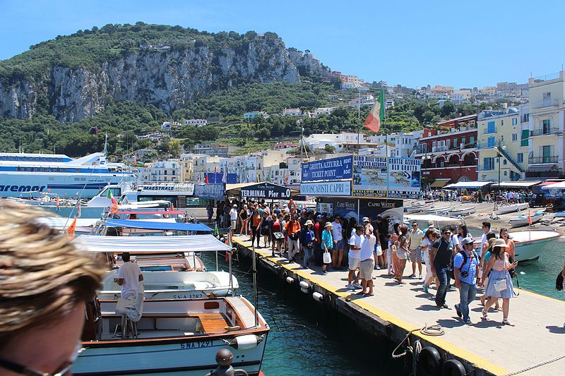 File:Capri Marina Grande IMG 0159.JPG