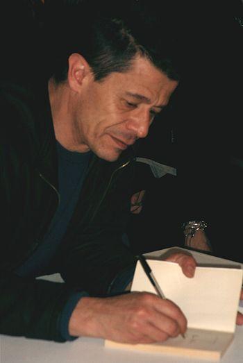 Photographie de Emmanuel Carrère