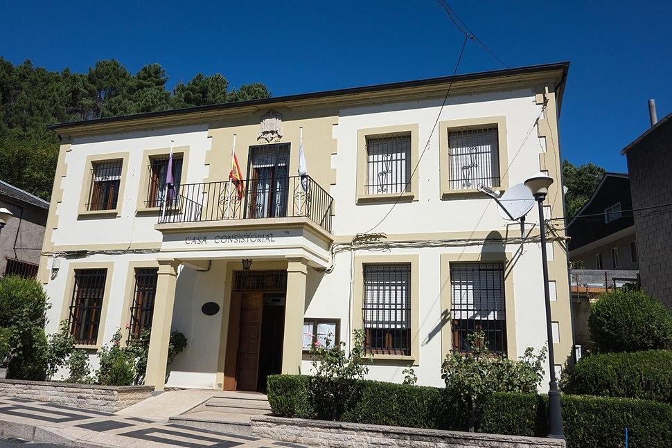 Casa do concello de Carballeda de Valdeorras, provincia de Ourense