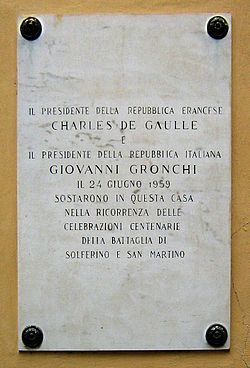 Photo of Giovanni Gronchi and Charles De Gaulle marble plaque