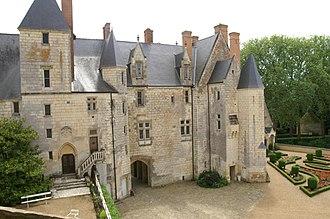 Bessé-sur-Braye - Image: Château de Courtanvaux