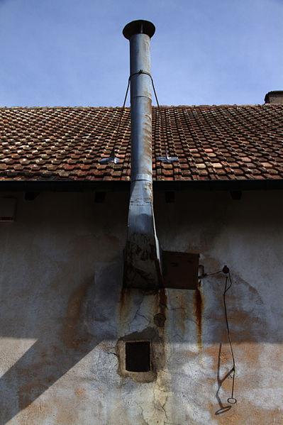 File:Chambre u00e0 gaz du Camp de concentration de Natzwiller-Struthof 01 ...