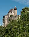 Chappelle et mur ouest du château de Montréal.JPG