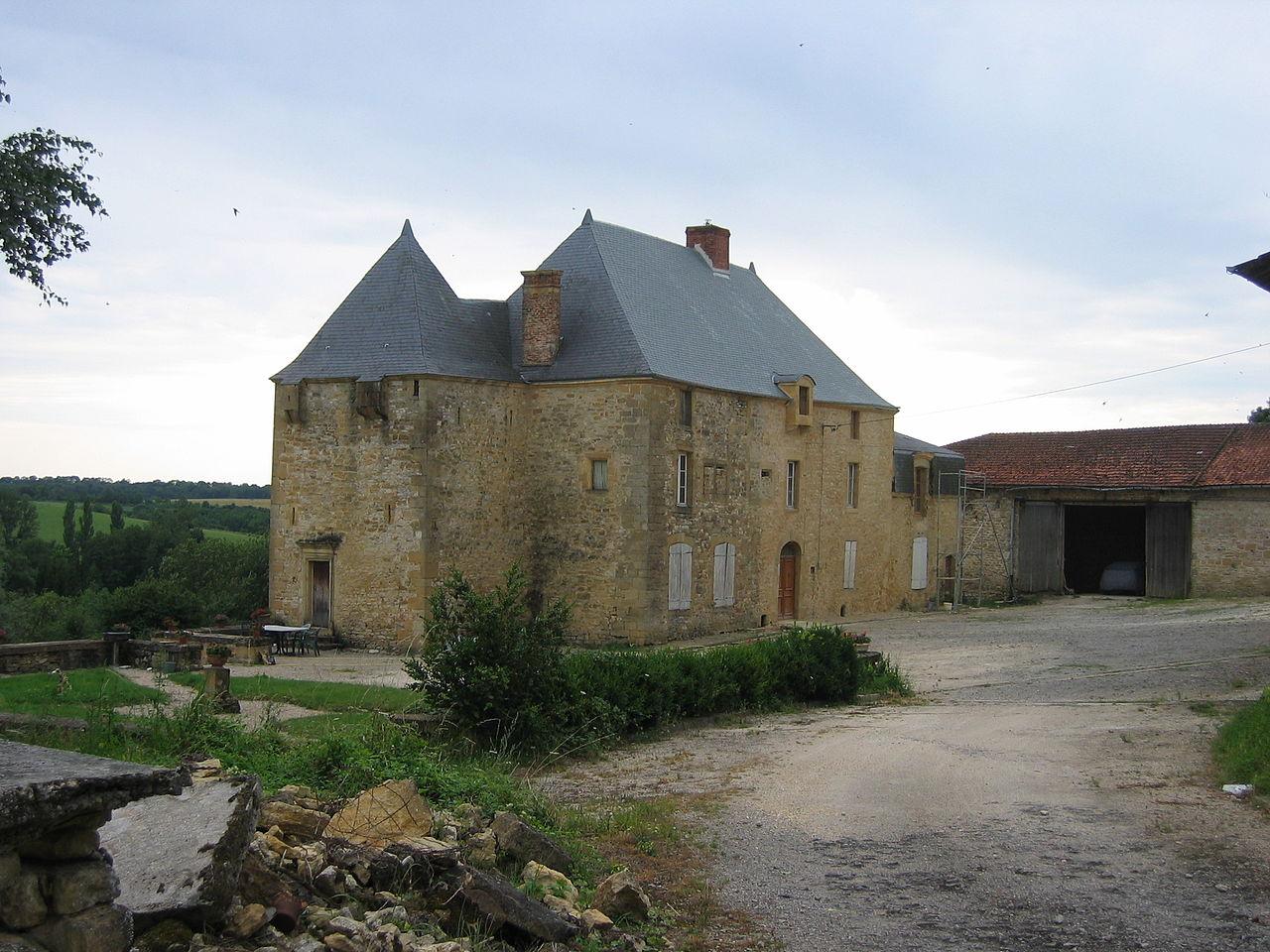 Chateau Saint-Pierremont Ardennes France.JPG
