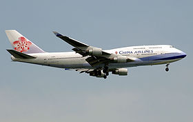 China Airlines, Boeing 747-400, SIN.jpg