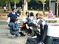 Chinese-fiddle'rs at Yogogi park, 2006-10-29.jpg