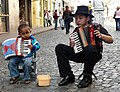 Chiquilines del acordeón (2954942313).jpg
