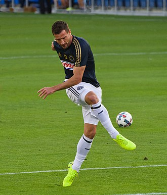 Chris Pontius (soccer) - Warming up before a Philadelphia Union game