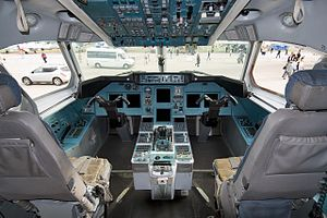 Cockpit of Tupolev Tu-334 (3).jpg