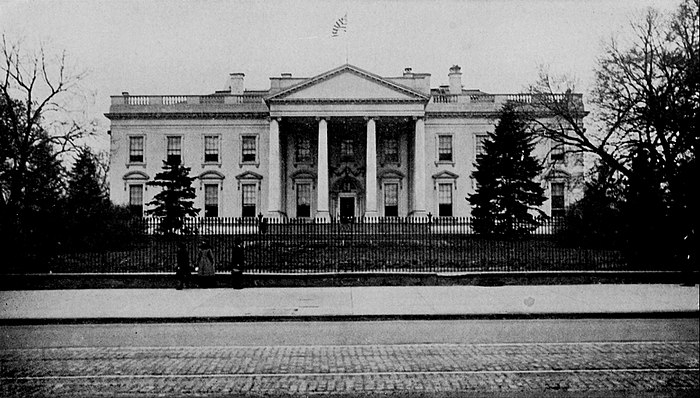 Collier's 1921 United States of America - White House.jpg