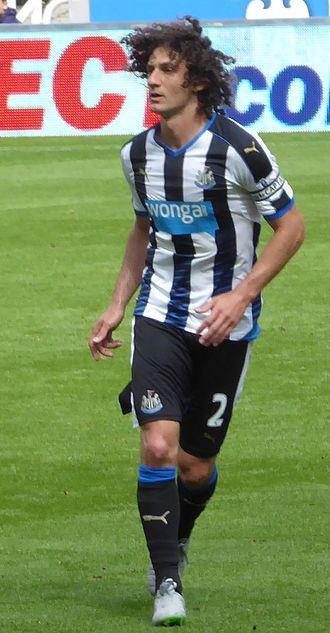 Fabricio Coloccini - Coloccini playing for Newcastle United in 2015