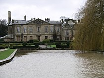 Coombe abbey - west wing and gardens2 18j08.JPG
