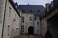 Cour arrière d'un hôtel de la Grande rue à Richelieu.jpg