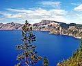 Crater Lake N.P., OR, North Rim 8-13 (15422377559).jpg