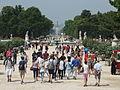 Crowd in the Jardin des Tuileries, Paris July 2014.jpg