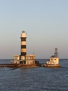 Daedalus Reef lighthouse in the Red Sea.JPG