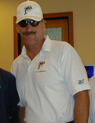 Dave Wannstedt - Wannstedt with the Dolphins in 2003