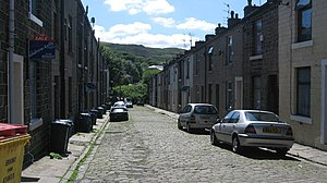 English: David Street Stacksteads The terraced...