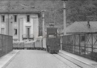 Decauville railway from Ceramica Ponte to the lake on cavalcavia Boesio, Laveno-Mombello, Italy.png