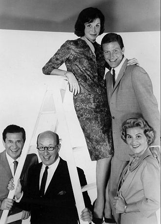 The Dick Van Dyke Show - Morey Amsterdam, Richard Deacon, Mary Tyler Moore, Dick Van Dyke, and Rose Marie