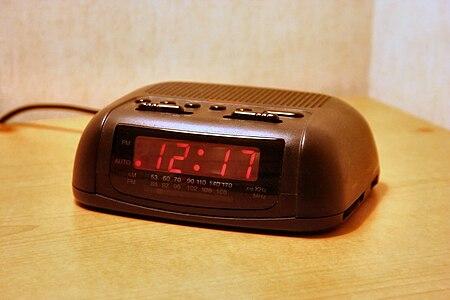 Digital-clock-radio-basic hf