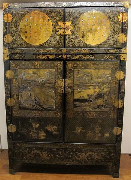 File:Dinastia qing, coppia di armadi a due ante, 1662-1722 ca. 01 ...