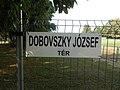 Dobovszky József tér, névtábla, 2019 Szentes.jpg