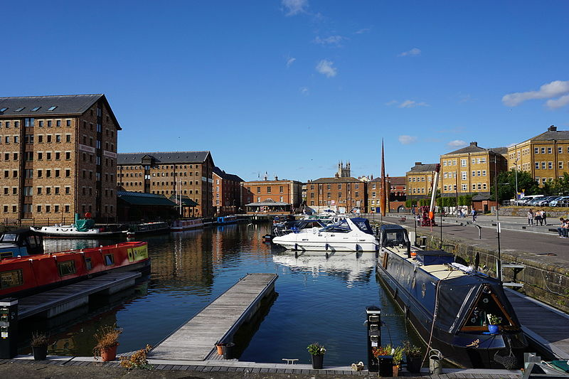 File:Docks in Gloucester.JPG