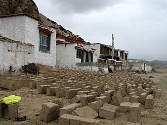 Dorje Ling Nunnery in Damxung County, with adobe blocks curing in the foreground Dorje Ling Nunnery.jpg