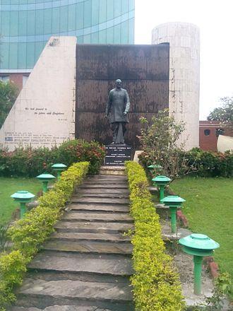 Bidhan Chandra Roy - Dr. Bidhan Chandra Roy statue