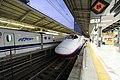 E2 series Tokyo Station 20131102.jpg