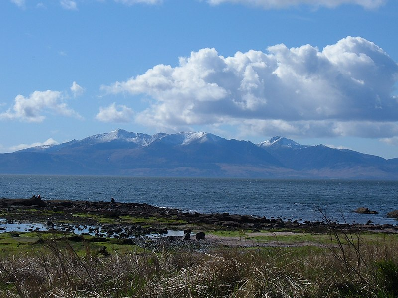 File:Easter Snowfall on Arran - panoramio.jpg