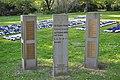 Ehrenfeld Geschwister-Scholl-Stiftung (Friedhof Hamburg-Ohlsdorf).Stelen Sozialdemokraten.1.ajb.jpg