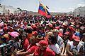 El pueblo venezolano acompañó los restos de su presidente Hugo Chávez Frías en la Academia Militar (8537951461).jpg