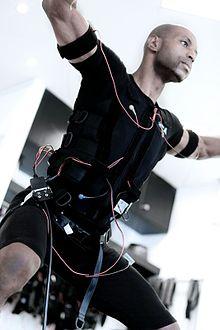 elektrostimulations anzug
