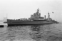 Engels vlootbezoek aan Rotterdam De Engelse kruiser Tiger loopt binnen, Bestanddeelnr 915-5467.jpg