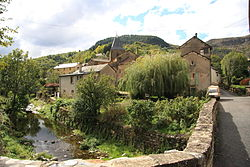 FR48 Fraissinet-de-Fourques 04.JPG