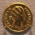 Fausta, moglie di costantino il grande, solido del 324-325.JPG