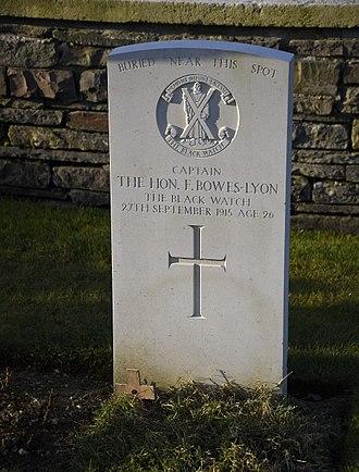 Fergus Bowes-Lyon - Grave of Fergus Bowes-Lyon at the Quarry Cemetery in Vermelles