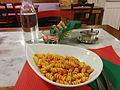 Florencia - Pasta con tomate (32779020634).jpg
